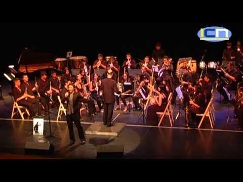 La Banda de Música isleña y el cantante Juan Santamaria rinde homenaje a Carlos Cano