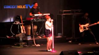 Carly Rae Jepsen - This Kiss (Live In Jakarta)