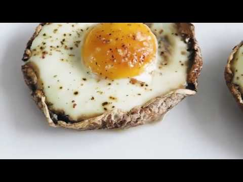 Portobello Eggs | HEALTHY LOW CARB HIGH PROTEIN SNACK