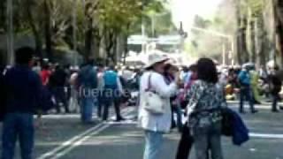 Marchan profesores del Sindicato Nacional de Trabajadores de la Educación (SNTE) en Reforma