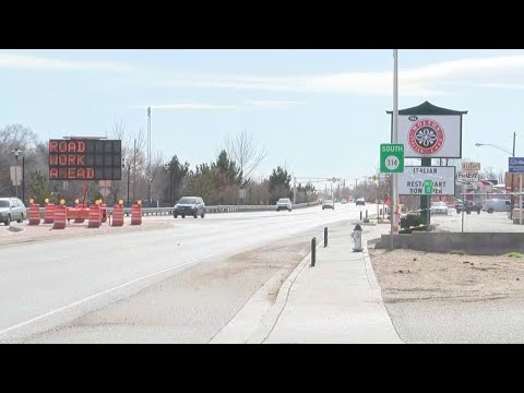 Los Lunas road projects underway, including new turn lane