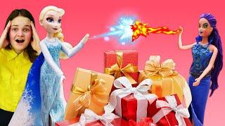 Холодное Сердце - Эльза спасает Новый Год! - Видео игры с куклами Барби в шоу Будет исполнено.