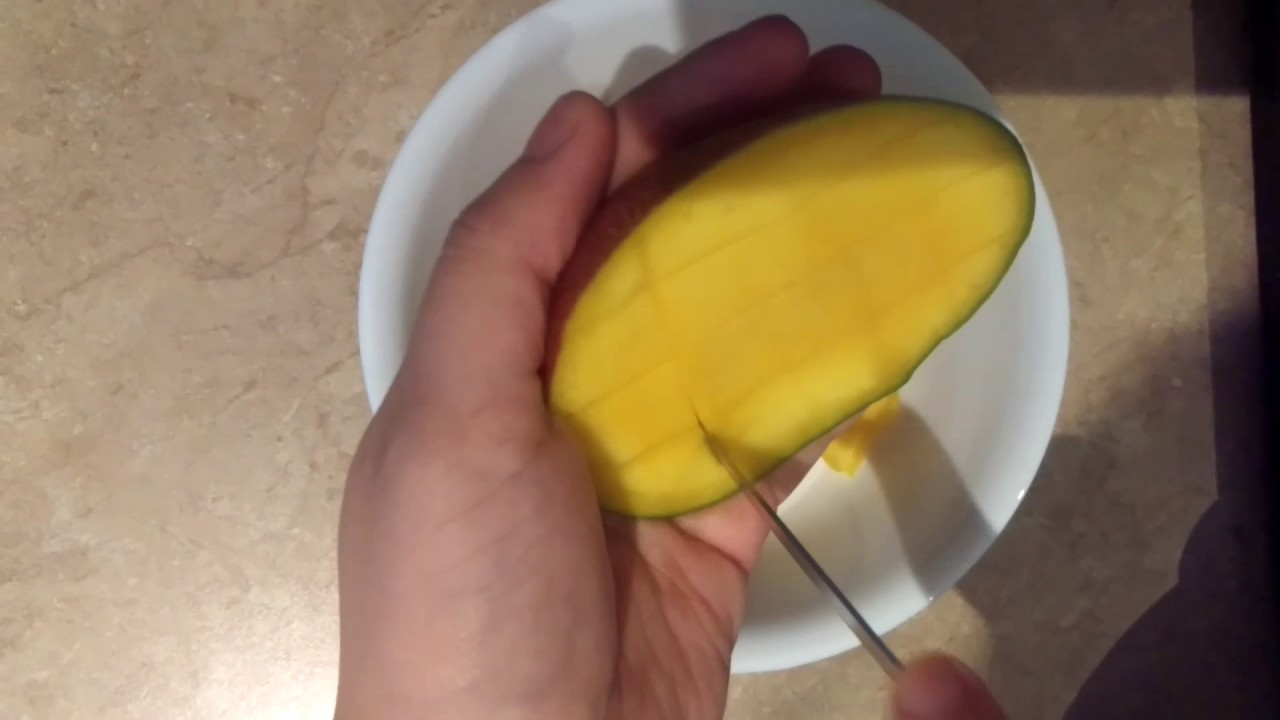 How to cut a mango into cubes youtube how to cut a mango into cubes ccuart Gallery