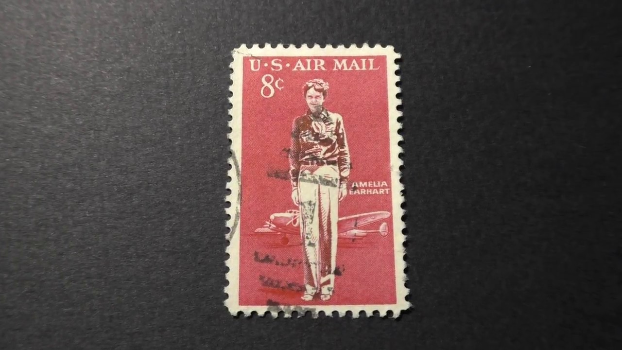Postage Stamp USA Airmail AMELIA EARHART Price 8 Cents
