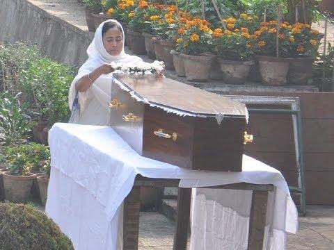 Suchitra Sen cremated