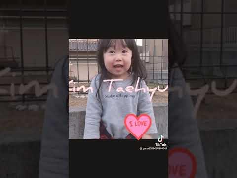 Taehyunga Taehzeyno Diyo Dikkatli Izleyin Lutfen Ben Zeynep Memnun Oldum