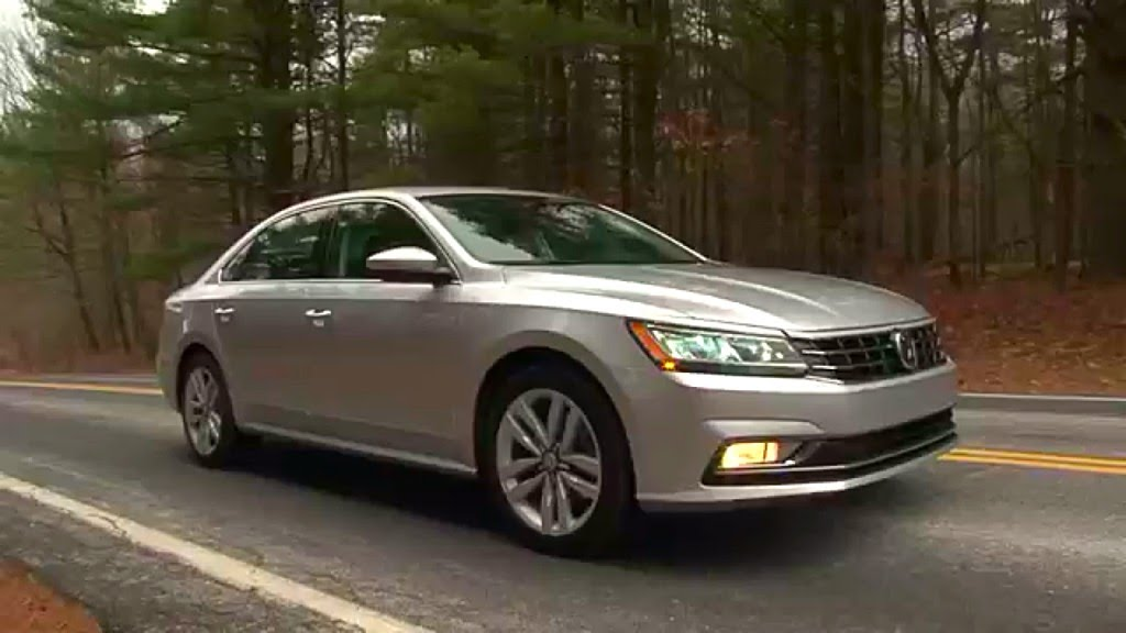 volkswagen motor trend and cars passat front reviews three rating quarter