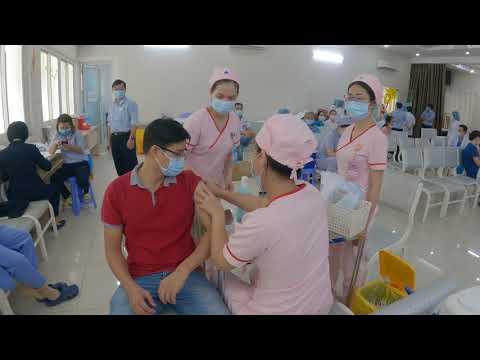 Chích ngừa COVID tại Bệnh viện Phụ Sản MêKông