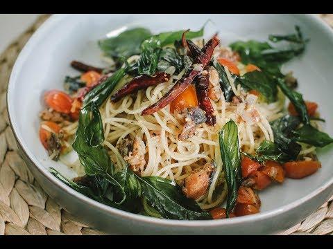 สปาเก็ตตินีปลาเค็ม Spaghettini with Salted Fish : พลพรรคนักปรุง