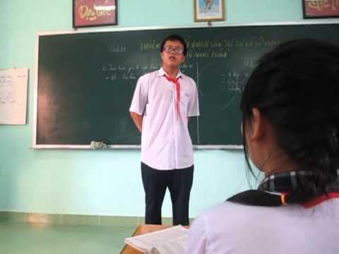 A2 THCS Trần Phú - Bạn Đức Quên Kéo Khóa Quần Khi Lên Bảng Trình Bày Ý Kiến