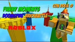FUNNY MOMENTS - DOOMSPIRE BRICKBATTLE CON DOGE | Roblox