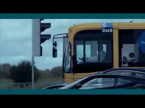 Xe bus đua với 3 con Ferrari   - Kết quả bất ngờ