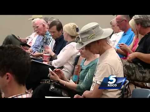 Norman residents pack Fracking forum