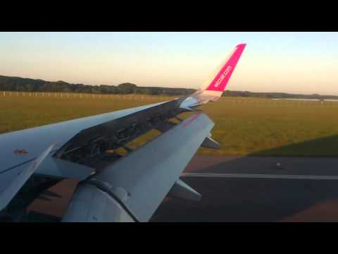 Wizz Air planes landing from Skopje to Malmo