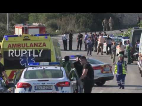 Malta: Panama Papers journalist killed by car bomb
