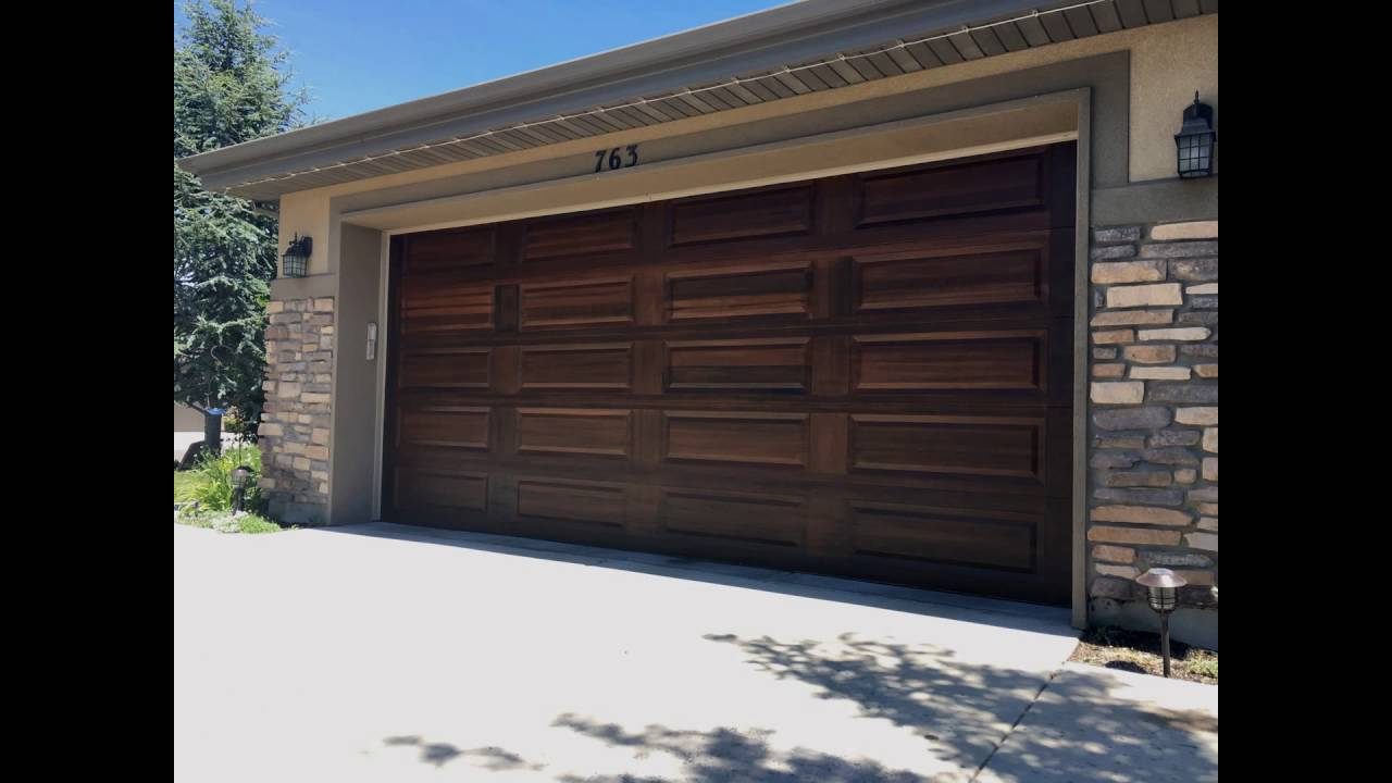 Utah garage door painting make your doors look like wood for Wood looking garage doors
