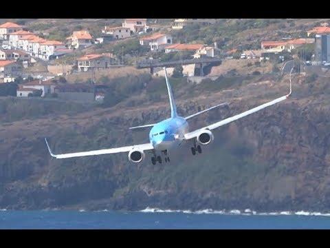 CRAZY landing || B737 BATTLING against WIND 46kts || Madeira