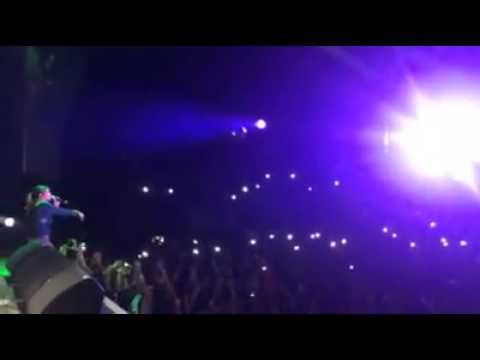 Kany Garcia - Duele Menos EN VIVO