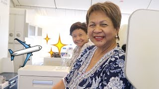 OMG! MY MOM FLIES FIRST CLASS FOR THE FIRST TIME! | Vlog #58