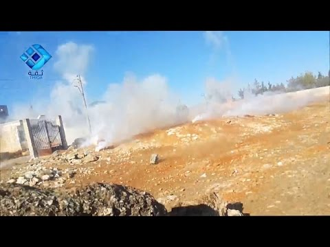 Heart-stopping moment cameraman narrowly avoids airstrike in west Aleppo