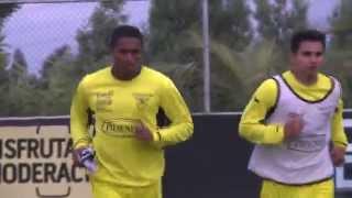 Selección de Ecuador en su penúltimo entrenamiento antes de viajar a Brasil