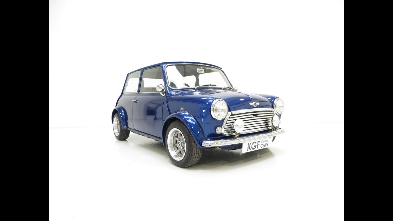 a striking austin morris mini 850 super known as mini electric blue sold youtube. Black Bedroom Furniture Sets. Home Design Ideas