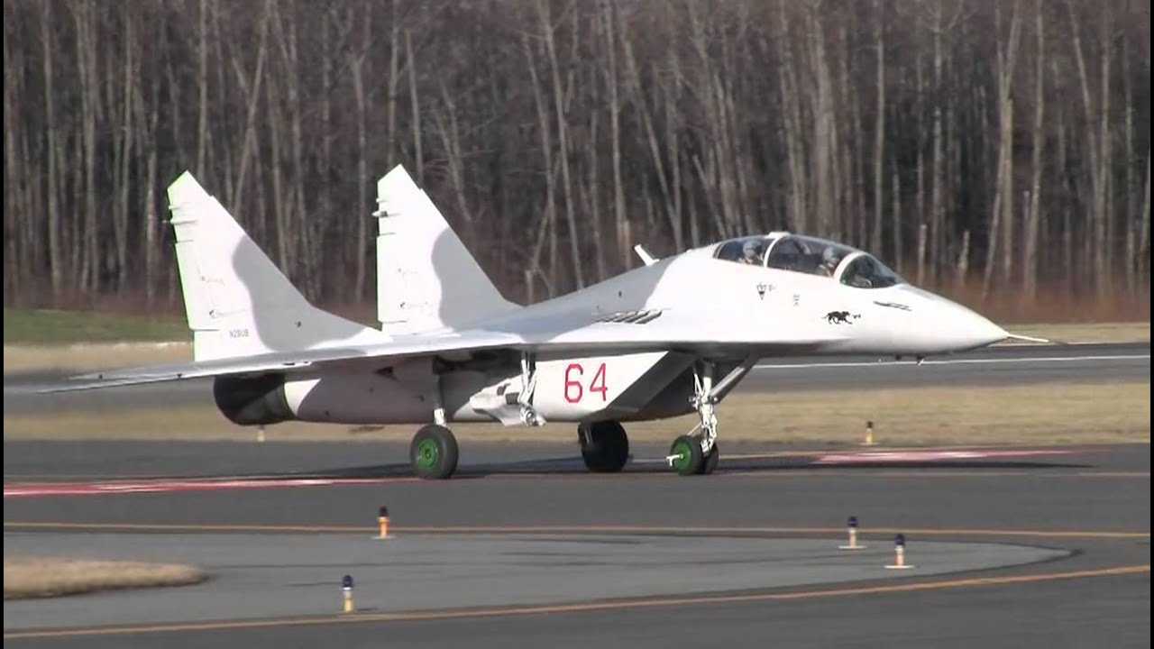 HD MiG-29 Fighter Jet Taxi And Takeoff - YouTube