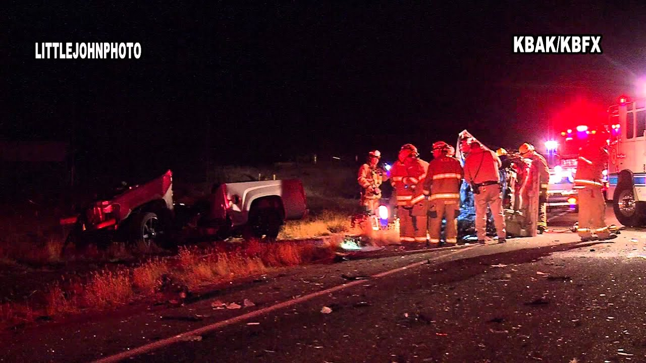 Early Morning Fatal Car Crash on Commanche Dr  Bakersfield, CA 10-17-13