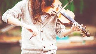 Em gái kéo violon cực chất trên phố đi bộ Hà Nội