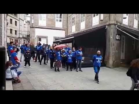Los trabajadores de Xustiza en huelga protestan ante el Teatro Principal