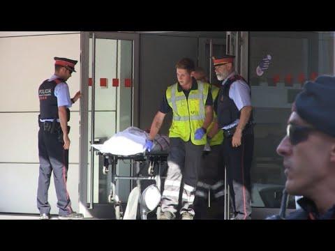 الشرطة الاسبانية تعلن مقتل رجل يحمل سكينا هاجم أحد مراكزها