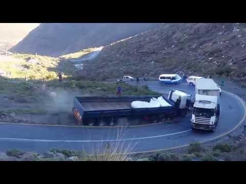 Mmoteng Pass Road Traffic Collision