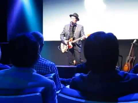 Elvis Costello sings Peace, Love and Understanding at the Apple iPhone event