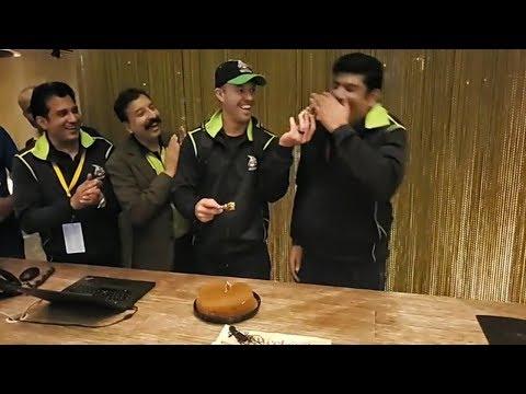 Lahore Qalandars team celebrating Ab De Villiers birthday after match against karachi kings Psl 4 HD