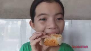 Lần đầu ăn thử và cảm nhận bánh cuộn chà bông