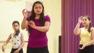 Tukur Tukur from Dilwaale Dance Tutorial 1