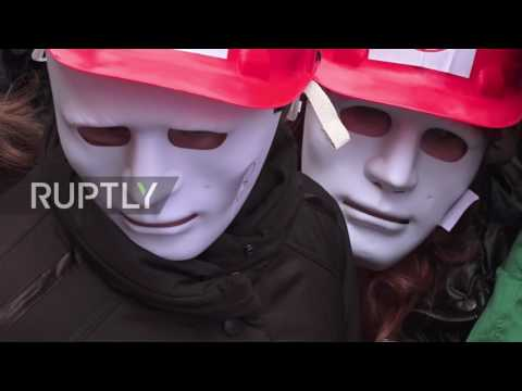 Ukraine: Sex workers march in Kiev to demand abolition of prostitution laws