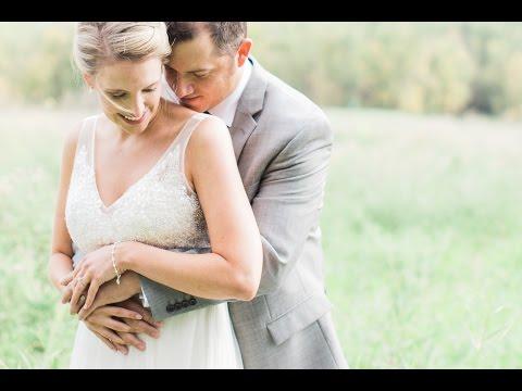 calgary-wedding-photographer:-carriage-house-inn-&-fish-creek-park---video-clip-of-georgia-&-brian