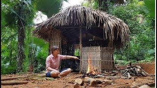 PrimitiveTechnology: Create fire from dried bamboo (Primitive-Life)