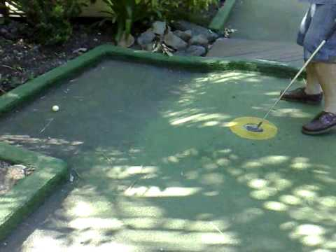 Hamilton Island Mini Golf - Hole In Seven