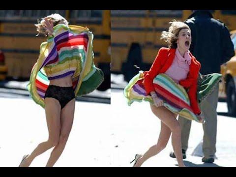 Twitch Girl Shows Camel Toe, Bum on Purpose / Intentionally whilst Live on Webcamиз YouTube · Длительность: 1 мин37 с