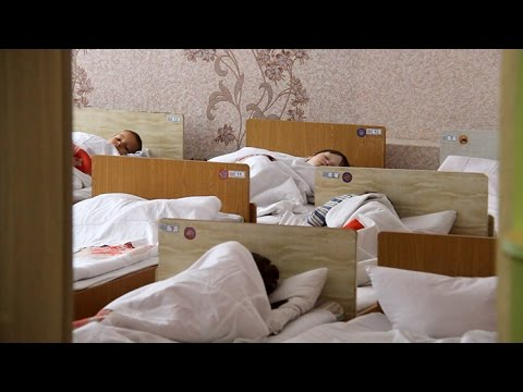 Дитячі садочки Житомира без тепла: групи опалюють електрообігрівачами, діти слять в одязі