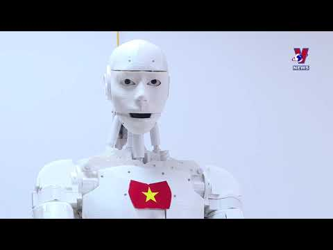 Vietnam's first AI Robot excites techies