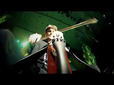 2CELLOS  Welcome To The Jungle [LIVE VIDEO]