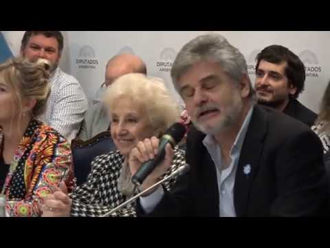Las Abuelas recibieron su candidatura al Nobel de la Paz en el Congreso