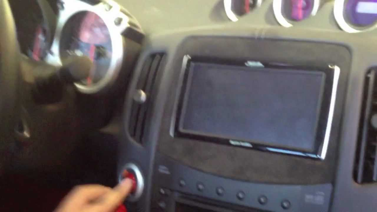 2010 Nissan 370z Custom Installed A Magellan Roadmate Gps