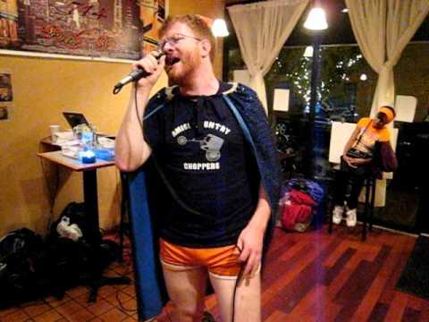 Dr Thunder sings Fergalicious (2011-08-03 Karaoke)