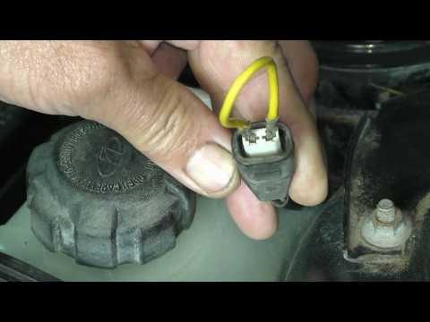 Что бы двигатель автомобиля не закипел. Проверка датчика УОЖ .  Вариант 3. Совет от АВТО электрика .