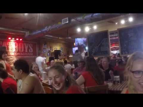 Restaurant Karaoke! [Canada Day 2017]