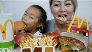 McDonald's NEW Creamy Black Pepper ANGUS Burger & Cheese Burger Meal | Mukbang | N.E Let's Eat